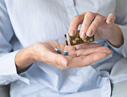 Conheça os principais riscos da automedicação